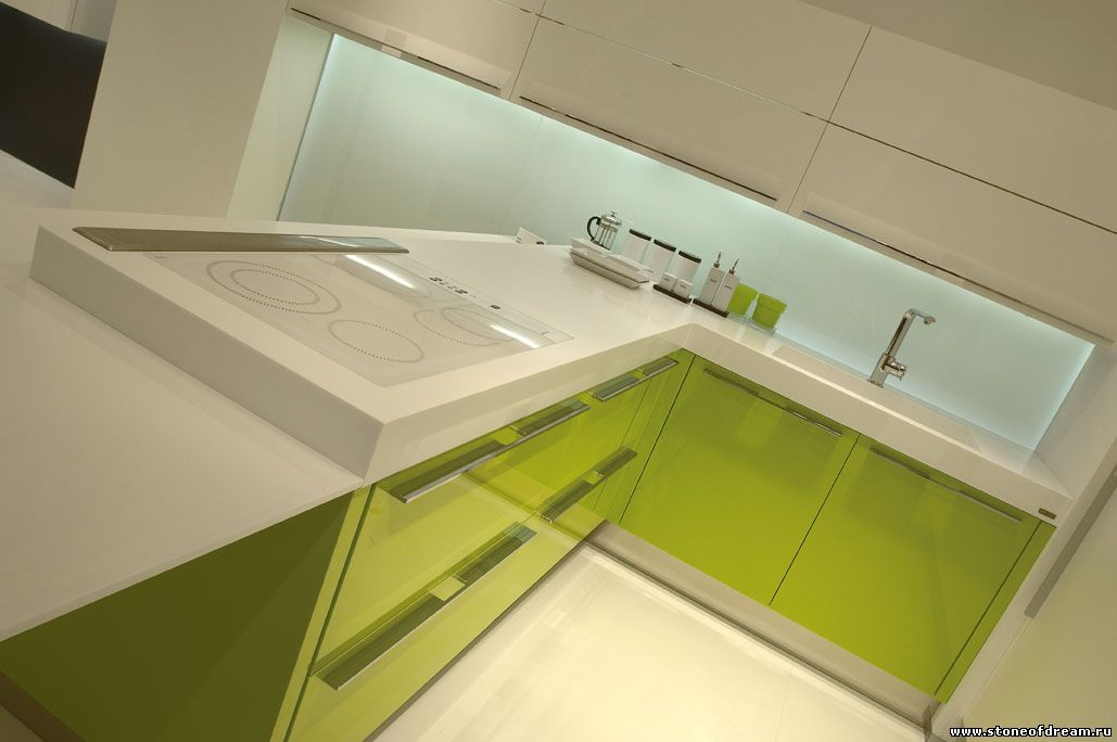 Кухонная столешница толщинщиной более 60 милимметров